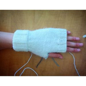 Simple Ribbed Hand Warmers